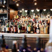 drink alcoholic-beer-bar-pub-alcohol