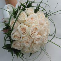 wedding marry married bride flowers