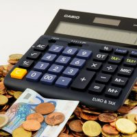 money euro cash pay bills