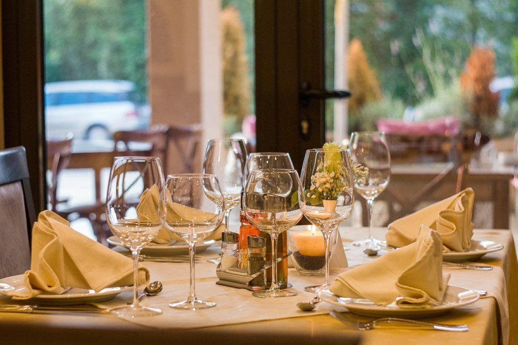 restaurant-wine table food