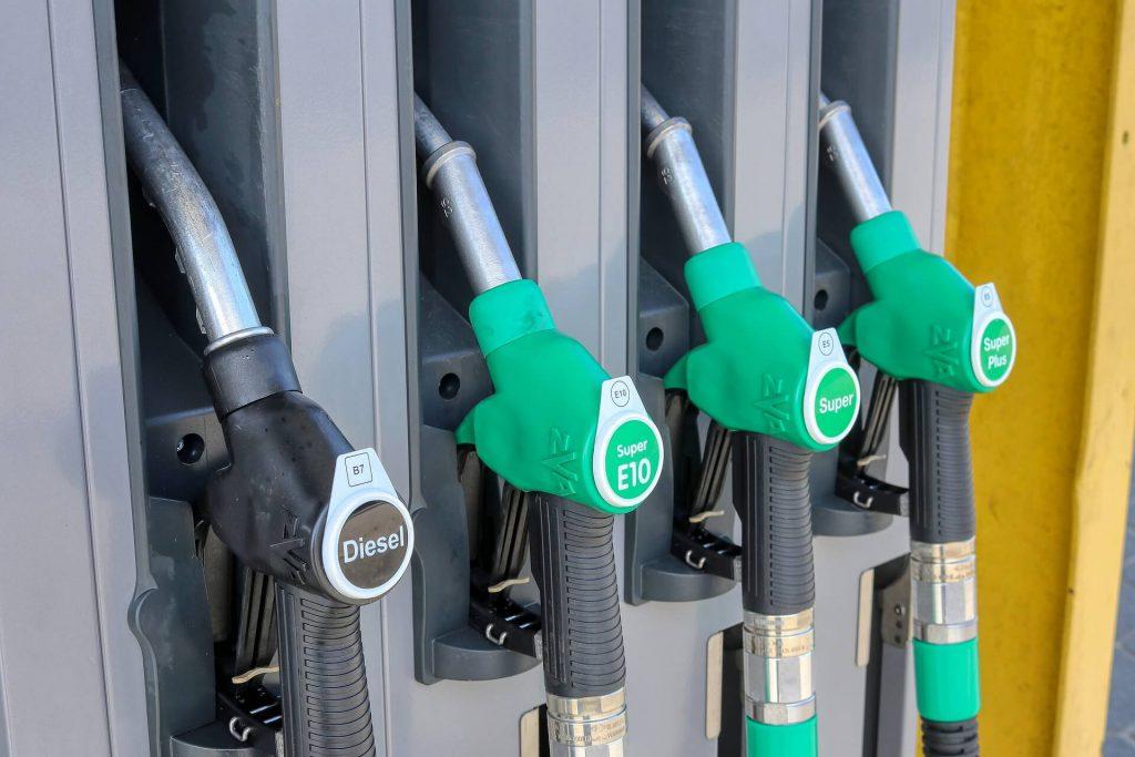 fuel-pump-driving-car-petrol-diesel