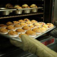 baking buns oven cake